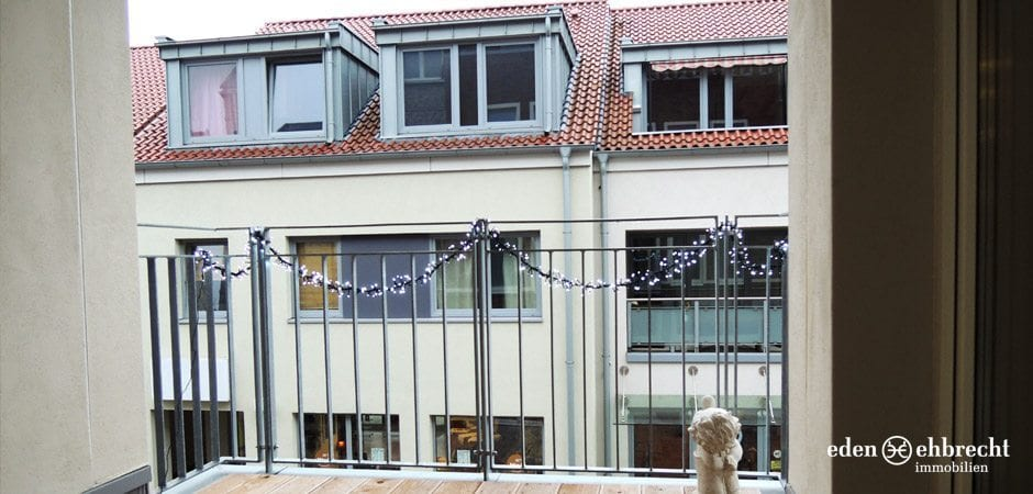 http://eden-ehbrecht-immobilien.de/wp-content/uploads/2012/09/Burgstrasse24_loggia.jpg