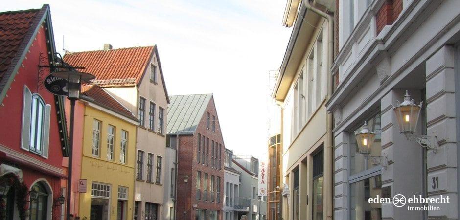 http://eden-ehbrecht-immobilien.de/wp-content/uploads/2012/09/Burgstrasse_Burgstrasse.jpg