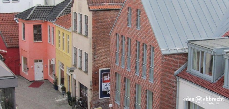 http://eden-ehbrecht-immobilien.de/wp-content/uploads/2012/09/Burgstrasse_Quartier2.jpg