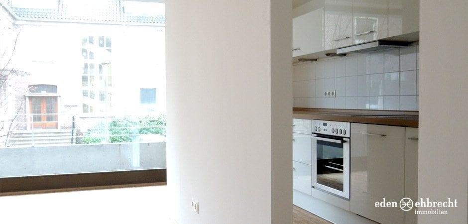 https://eden-ehbrecht-immobilien.de/wp-content/uploads/2013/02/Amalie_H4_WE02_wohnen-küche.jpg