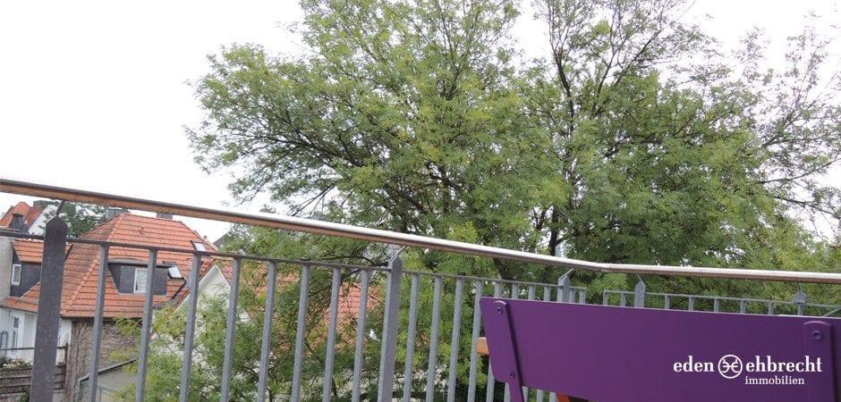 http://eden-ehbrecht-immobilien.de/wp-content/uploads/2013/05/Theaterwall_Balkon.jpg