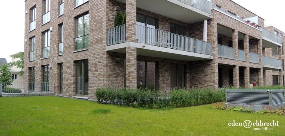 http://eden-ehbrecht-immobilien.de/wp-content/uploads/2013/08/Amalie_H2_WE01_aussenansicht.jpg