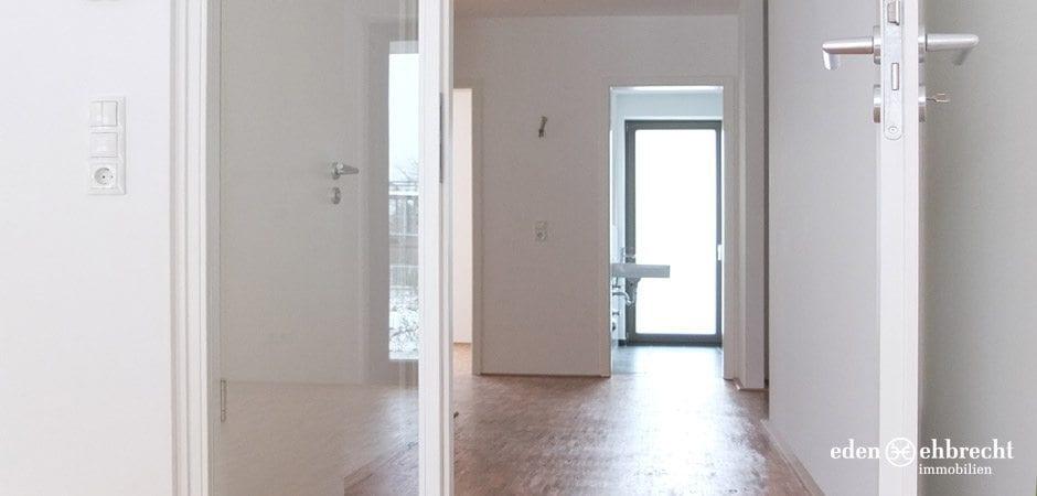 http://eden-ehbrecht-immobilien.de/wp-content/uploads/2013/08/Amalie_H2_WE01_blick-in-den-flur.jpg