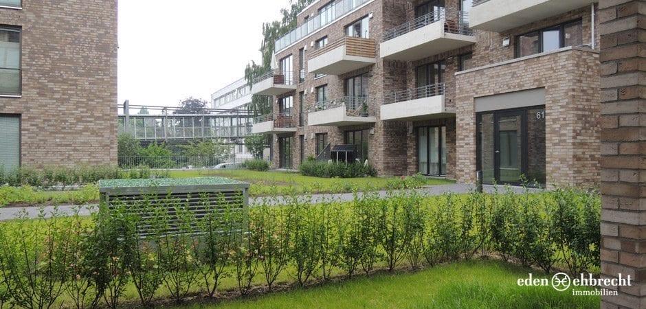 http://eden-ehbrecht-immobilien.de/wp-content/uploads/2013/08/Amalie_H2_WE01_blick-von-der-terrasse.jpg