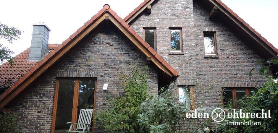 http://eden-ehbrecht-immobilien.de/wp-content/uploads/2013/12/Bürgerbuschweg_aussenaufnahme.jpg