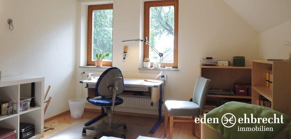 http://eden-ehbrecht-immobilien.de/wp-content/uploads/2013/12/Bürgerbuschweg_kinderzimmer.jpg