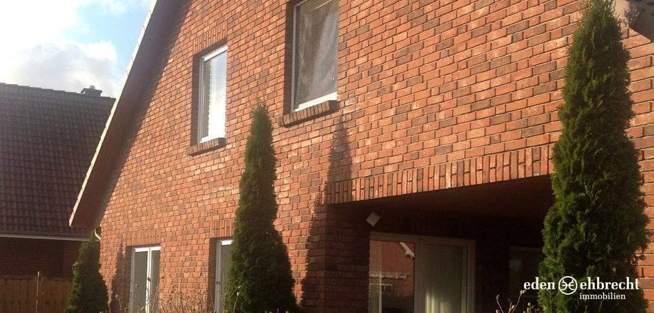 http://eden-ehbrecht-immobilien.de/wp-content/uploads/2013/12/eden-ehbrecht_varel-aussenansicht.jpg