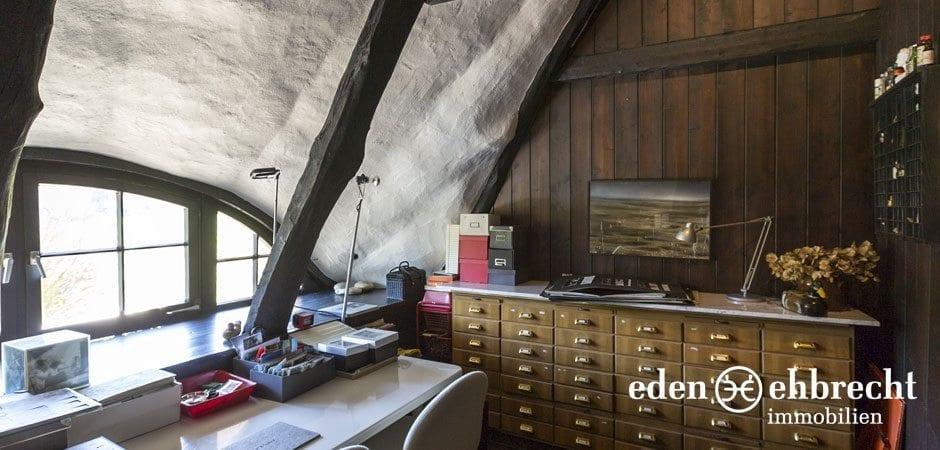 https://eden-ehbrecht-immobilien.de/wp-content/uploads/2014/07/eden-ehbrecht-immobilien_Bauernkate_Arbeitszimmer_940x450.jpg