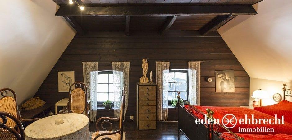 https://eden-ehbrecht-immobilien.de/wp-content/uploads/2014/07/eden-ehbrecht-immobilien_Bauernkate_Schlafzimmer_940x450.jpg