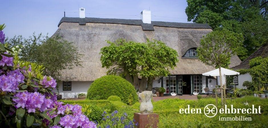 http://eden-ehbrecht-immobilien.de/wp-content/uploads/2014/07/eden-ehbrecht-immobilien_Bauernkate_Traumgarten_940x450.jpg