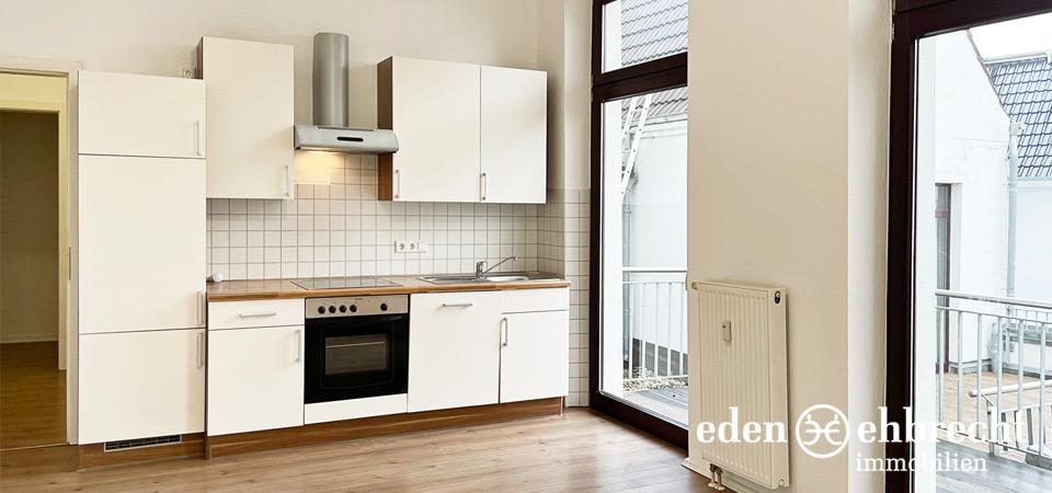Verkauft, Altbau-Wohnung gegenüber Staatstheater., Oldenburg, Innenstadt, Immobilienmakler